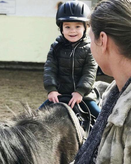 Meisje op paard